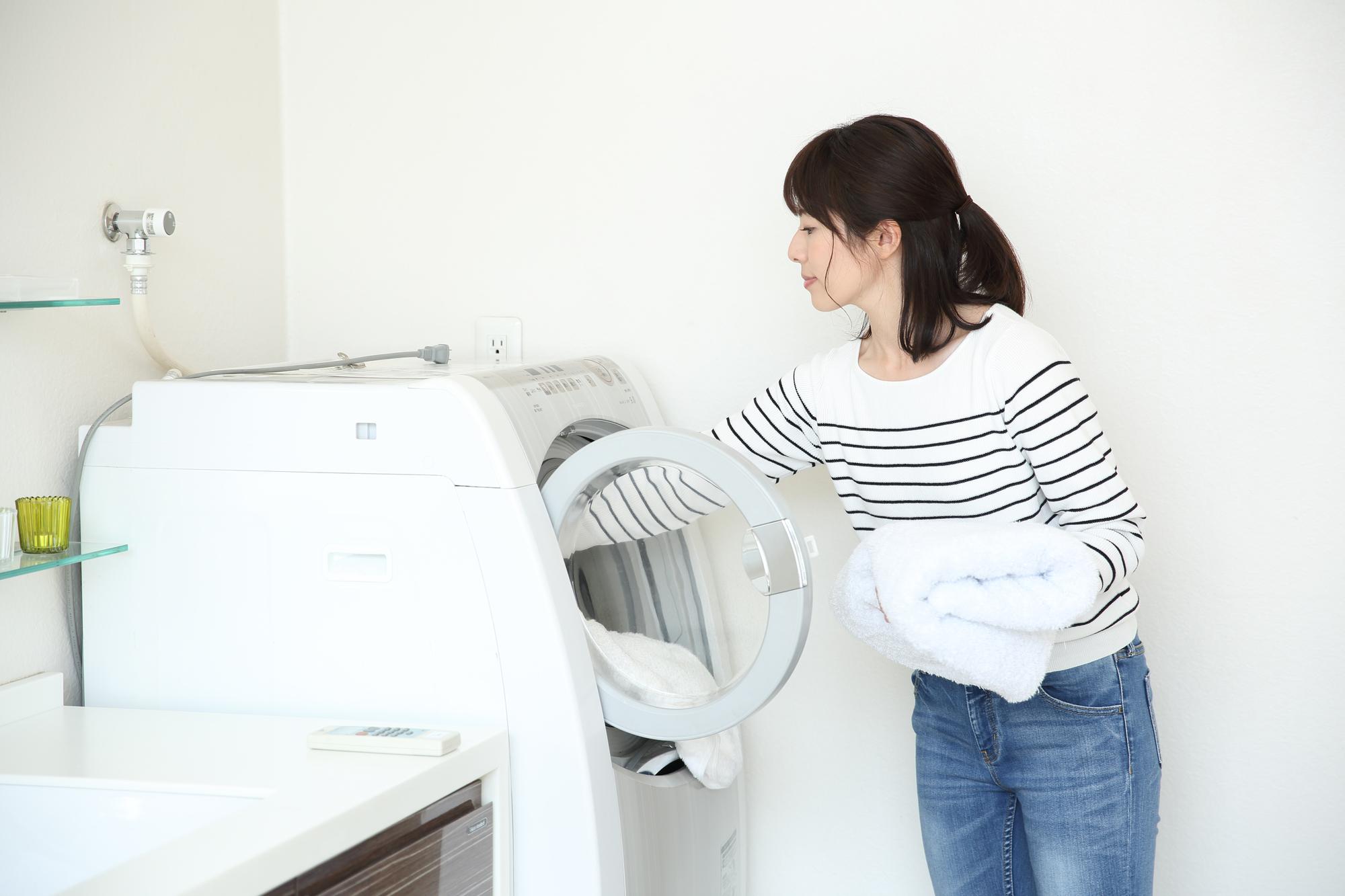 カシミヤストールは洗濯機で洗濯できる?!【正しい洗い方と保存方法】