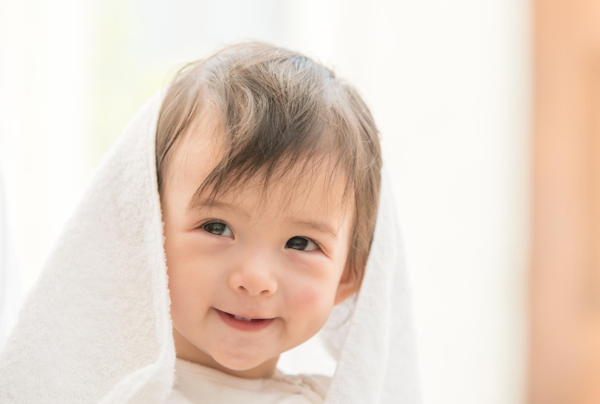 赤ちゃんがいるならカシミヤストールがおすすめ?赤ちゃんの肌にも優しく暖かい!